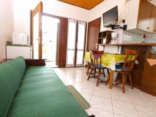 Apartment 4413