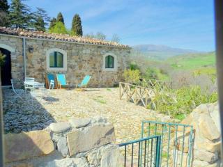 """Masseria San Giovanni Sgadari """"Cottage Marcato"""", Petralia Soprana"""