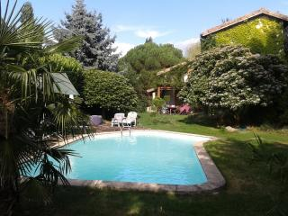 Maison en pleine nature avec piscine privée, Le Crestet