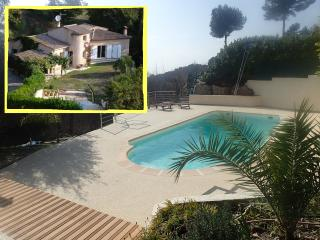 "Villa ""Luna Gauda"",  quiet with pool near sea, La Gaude"