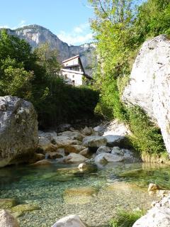 La rivière devant le gite