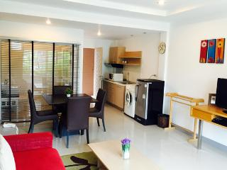 Spacious 2 Bedrooms Family Apartment, Phuket, Phuket Town