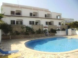 Calbee Brown Apartment, Carvoeiro, Algarve