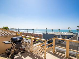Romantic Beach Apt., Oceanside