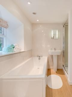 Main bathroom and can be accessed direct from the master bedroom