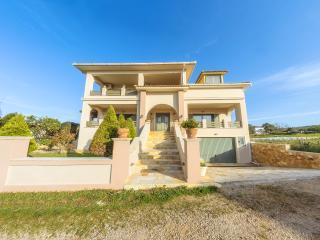 Holiday Home near Drosia Beach, Kypseli