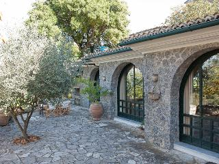 Agrilia Cottage