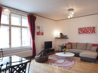 Sunny Upscale flat in center, Praga