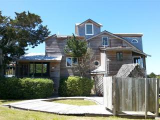 Mosby's Manor, Ocracoke
