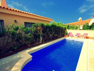 Cute 3 bedrooms Villa Elena close to the ocean CS/32_