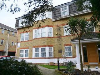 2 bed room flat, Croydon