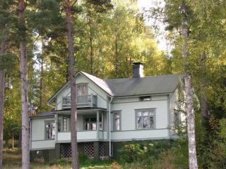 Villa Ida- roomy cottage in the Archipelago