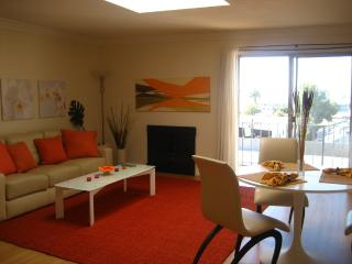 Furnished 1 Bedroom Apartment in Santa Monica