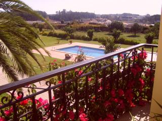 O REFUGIO - LARGE LUXURIOUS VILLA NEAR PORTO CITY