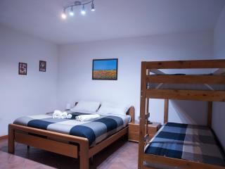 B&B Orio easy airport- double room n.4, Zanica