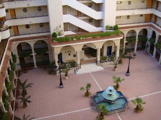 Edificio córdoba, patio con fuente