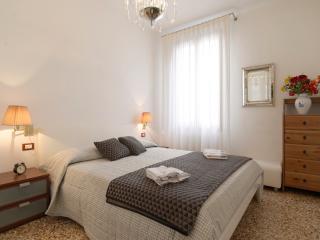RENT-IT-VENICE Venice Romantic Suite