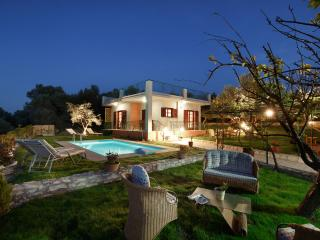 Lily's cottage!! Activate your senses!, Platanias