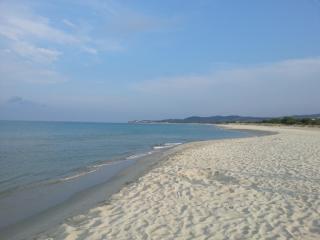 casa vacanze a cento metri dal mare, La Caletta