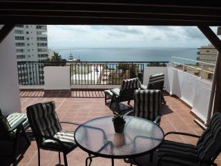 Duplex Atico, terraza y vistas al mar a 250m playa