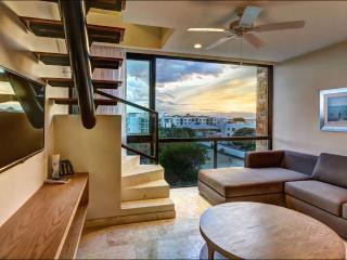 2BR Penthouse at Anah Near the Beach, Playa del Carmen