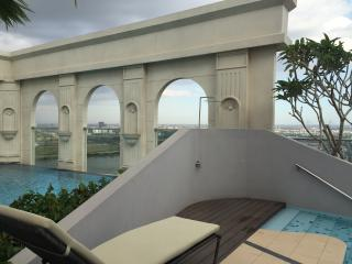 2BR onWaterfront Downtown, Ho-Chi-Minh-Stadt