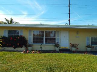Spacious Home 4 Miles From Beach, Pompano Beach