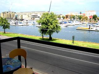 Bayswaterfront Apartments - 1, Glenelg