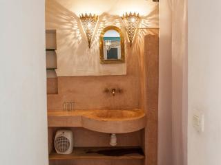 Bathroom In Chambre Vert