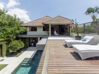 Villa A Kori: ideal location in Seminyak and beach