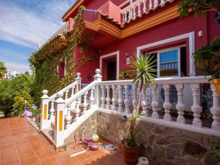 Unique holiday home in privileged location second line beach, Benalmadena