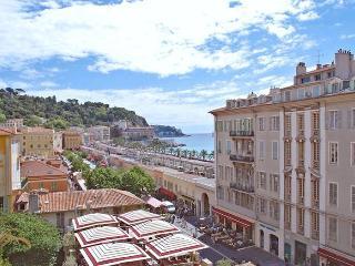 Piaf, Nice