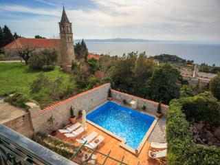 Beautiful stone villa with pool and amazing view