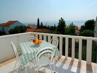 Katica 2 Family Sea View Apartment, Bol