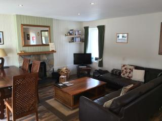 Hazel Cottage At Highland Holiday Cottage, Aviemore