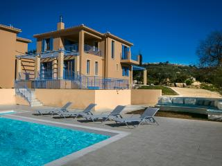 Forget me not Villas No 2, Svoronata