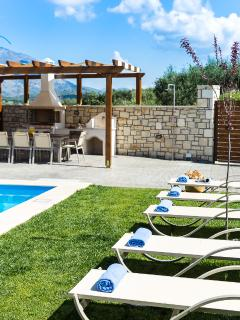 The pool terrace is equipped with sunbeds and umbrellas!
