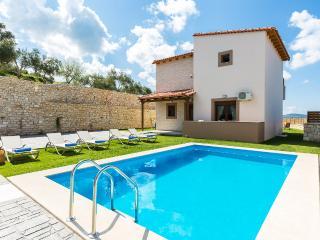 Villa Renta Georgios, vivid experience!