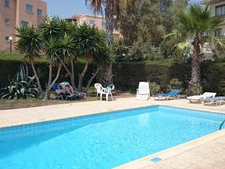 Seaview 1-bed.r Wi-Fi near LIDL and VENUS beach, Pafos