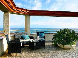 Lujoso Dúplex delante del mar con gran terraza, Calella