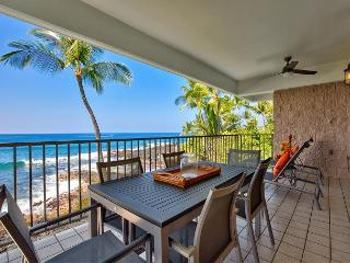 Ocean Front Beauty Hale Pohaku 3- Complete Refresh Feb 2016, Walk to Beach!, Kailua-Kona