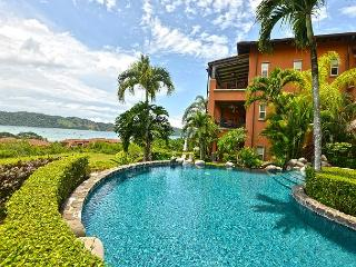 Spacious, Private Luxury Condo with amazing ocean and bay view at Los Sueños!, Los Sueños