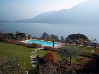 LUXURY VILLA WITH POOL Rif. 385, Griante