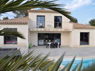 Saint Cyr Sur Mer  Belle villa contemporaine 6P
