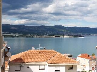 Spacious Sea View Apartment on Čiovo Island near Trogir