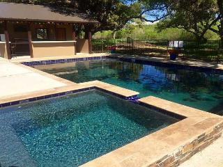 Coming 2016- NEW patio furniture, outdoor kitchen, NEW pool and landscaping!, Concan