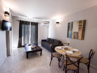 REGALO 2-BED FLAT IN KARIOTES/ FLAT 6, Kariotes