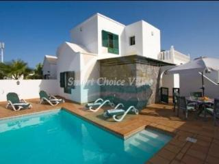 Five Bedroom Villa With Pool In Puerto del Carmen, Puerto Del Carmen