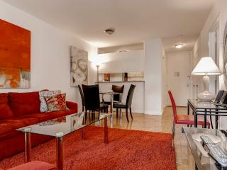 Midtown West High End 1BR Apt- 24 HR Concierge, New York City
