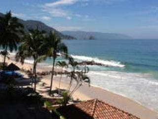 Sandy beach condo, Puerto Vallarta